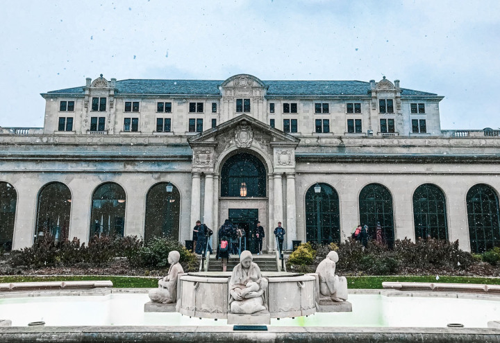 Snowy view of the Memorial Union and Fountain of the Four Season
